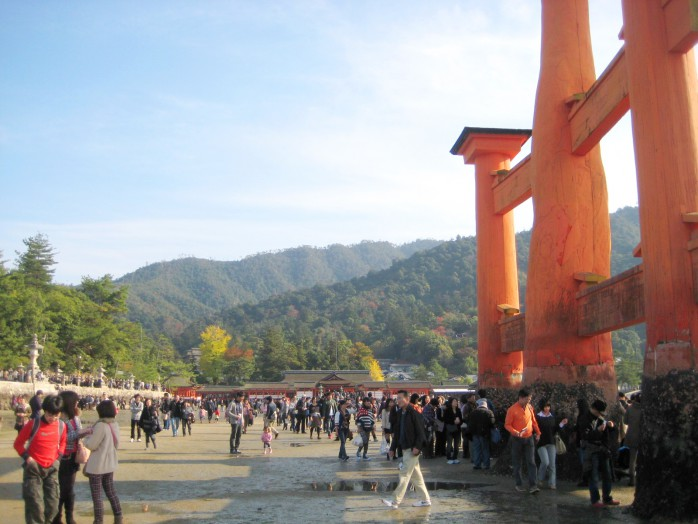 05 Base of the big torii