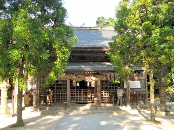 06-tamatsukuri-yu-shrine