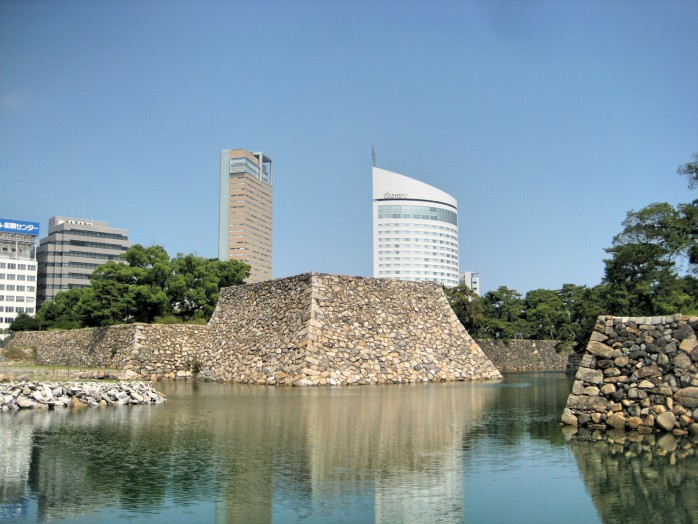 01 Takamatsu Castle_Foundation of castle tower