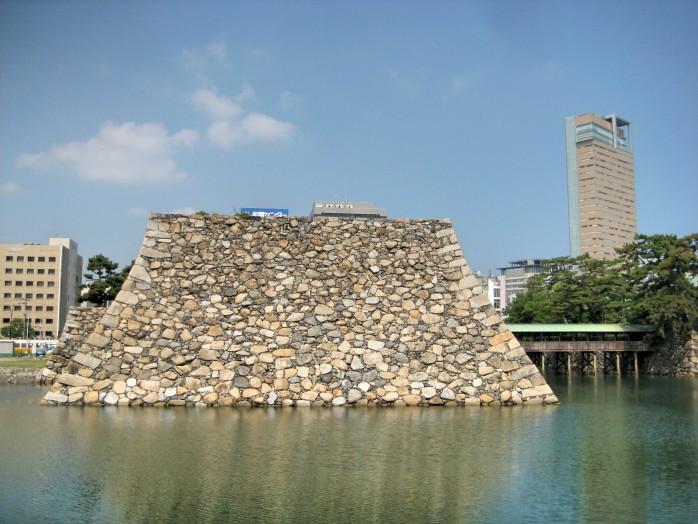 08 Takamatsu Castle_Foundation of castle tower