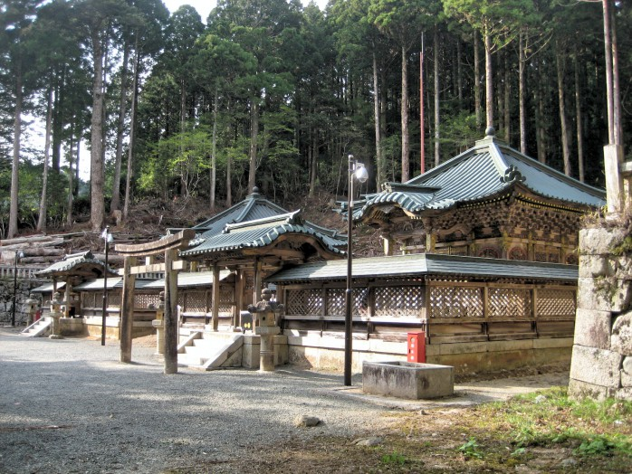 09 Koyasan_Tokugawa Mausoleum